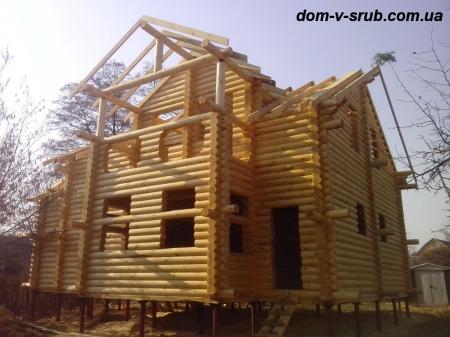 Срубы в процессе строительства_110
